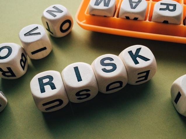 risk-1945683_960_720